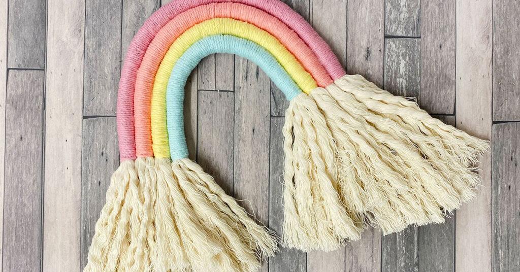 DIY Rainbow Macrame