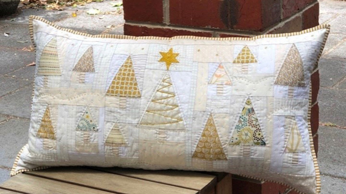 Champagne Christmas Cushion Sewing